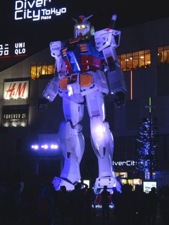 03_ガンダム立像があるダイバーシティ東京でうる星やつら、めぞん一刻、犬夜叉のお酒を発見!