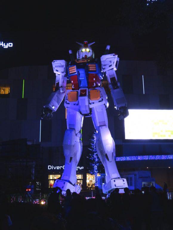 04_ガンダム立像があるダイバーシティ東京でうる星やつら、めぞん一刻、犬夜叉のお酒を発見!