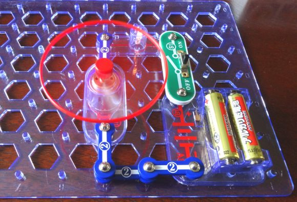 08_電脳サーキットは小学生が電気の仕組みを学べる電子回路の実験ブロック