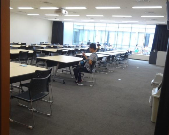 日本科学未来館の駐車場、ランチのレストラン、自動販売機、アクセスの情報まとめ・7階カンファレンスルーム「海王星」